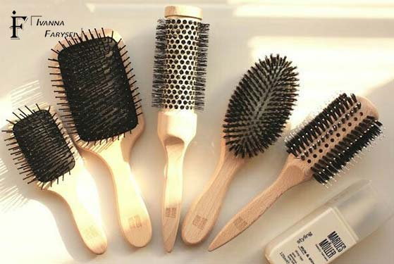Why you should wash your hairbrush regularly-reasons and rules